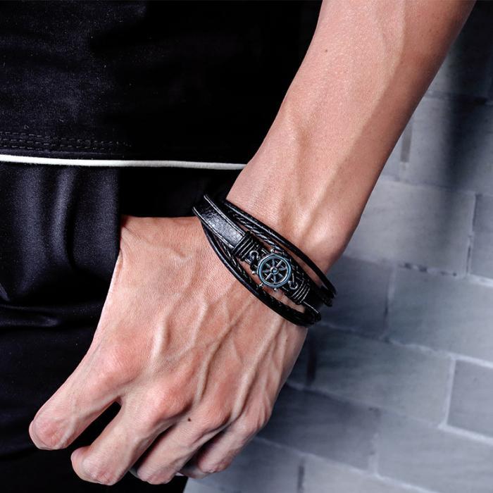 Кожаный браслет коричневого цвета со штурвалом KZB-01