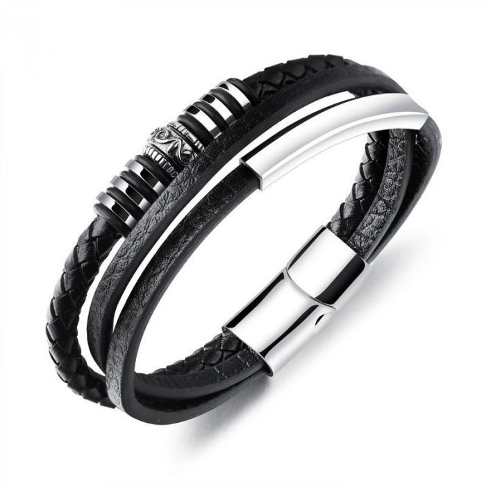 Кожаный браслет черный комбинированный с металлическими вставками KZB-08