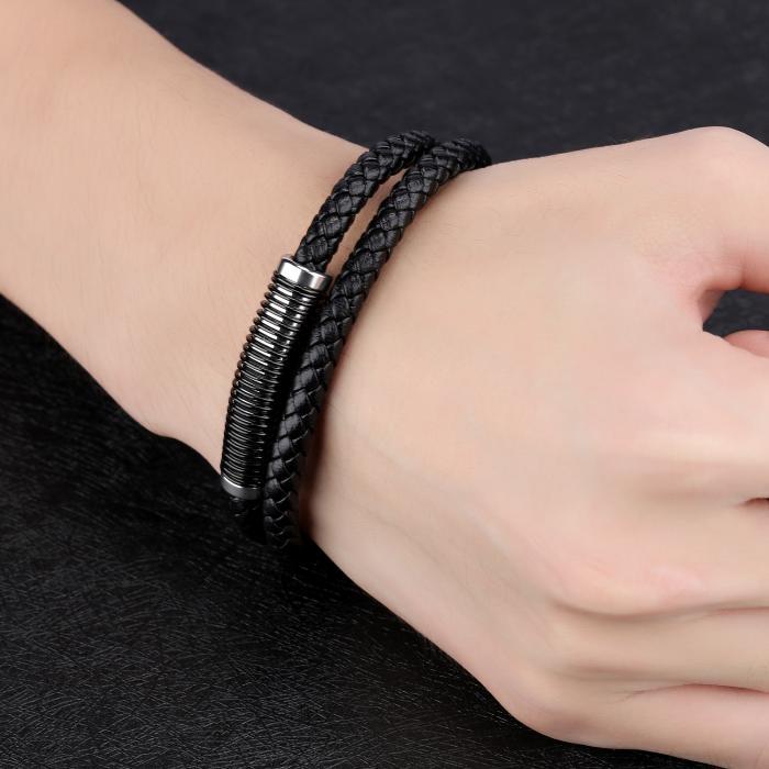 Кожаный браслет черный с металлической вставкой под пружину KZB-09