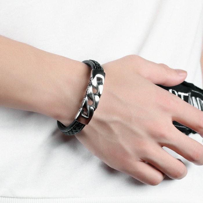 Кожаный браслет черный с металлической вставкой в виде цепи KZB-12