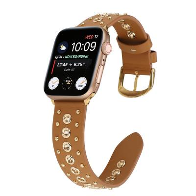 Коричневый кожаный ремешок склепками для apple watch 42мм AW35-102